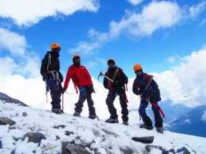 Conquer the Summit - Friendship Peak, Manali - IAYP Qualified Program